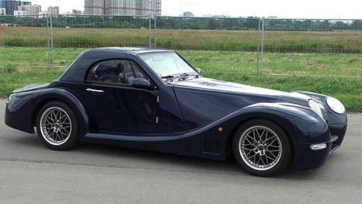 Автомобиль-реплика Morgan Aero-8 построен на шасси японского представительского седана Toyota Crown.